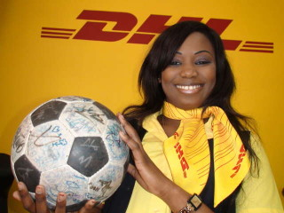 Service with a smile at DHL Dakar