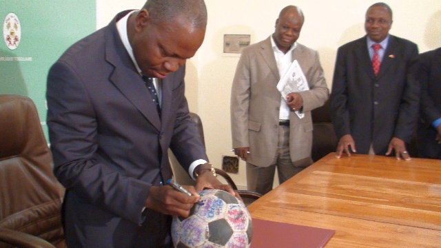 Togo's Prime Minister signs The Ball