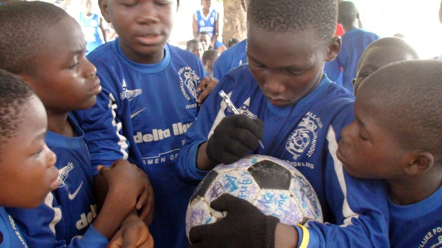 Kids from Ange sign The Ball