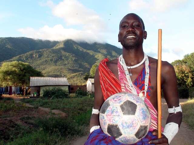 Not posing at all, Maasai-style