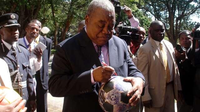 President Rupiah Banda signs The Ball at State House in Lusaka