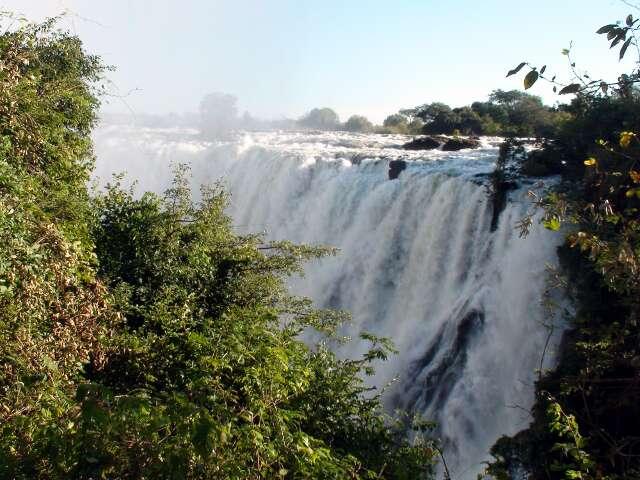 Victoria Falls in full flight