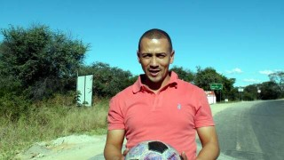 Bruce Heyns of DHL receives The Ball at the border