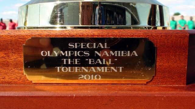 The trophy's inscription