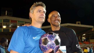 Winton Rufer, Frankie Fredericks and The Ball
