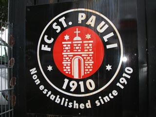 video flashback to st pauli the ball 2006. Black Bedroom Furniture Sets. Home Design Ideas